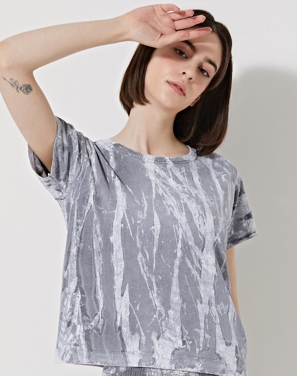 T-Crackle Favorite Tee (VK2TS345/BW)